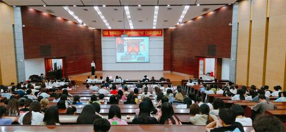 集美大学诚毅学院管理系举办红色故事主题演讲比赛